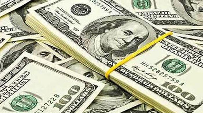 روپے کے مقابلے میں ڈالر کی قدر میں کمی کا سلسلہ چوتھے روز  بھی برقرار