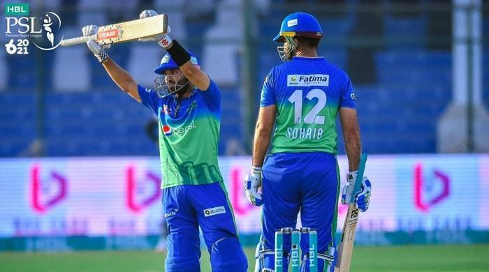 رضوان اور صہیب کی ففٹیز، ملتان نے لاہور کو 7 وکٹوں سے شکست دے دی