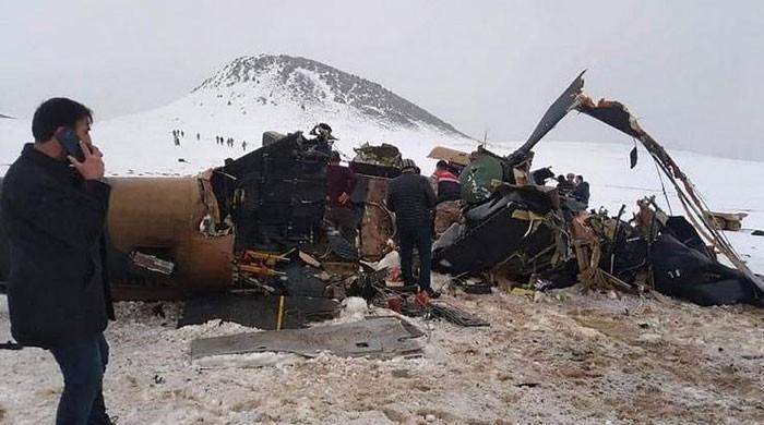 ترکی کا فوجی ہیلی کاپٹر گر کر تباہ، لیفٹیننٹ جنرل سمیت 10 فوجی ہلاک