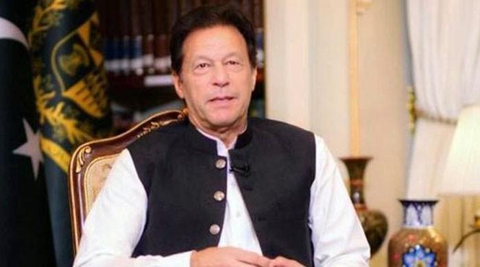 عمران خان کی سیاسی نو بالیں