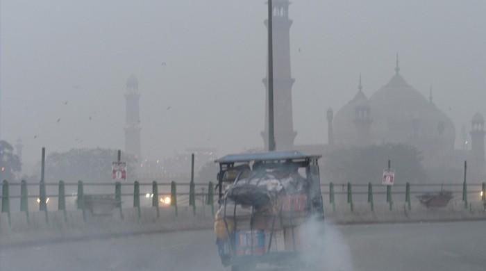 دنیا کے آلودہ ترین شہروں میں لاہور تیسرے اور کراچی پانچویں نمبر پر
