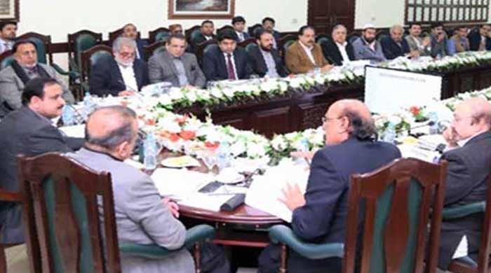 پنجاب حکومت نے  بیوروکریسی میں اکھاڑ پچھاڑ کے نئے ریکارڈ قائم کر دیے
