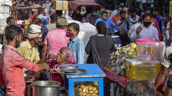 بھارت میں مسلسل دوسرے روز 2 لاکھ سے زائد کورونا کیسز  ریکارڈ