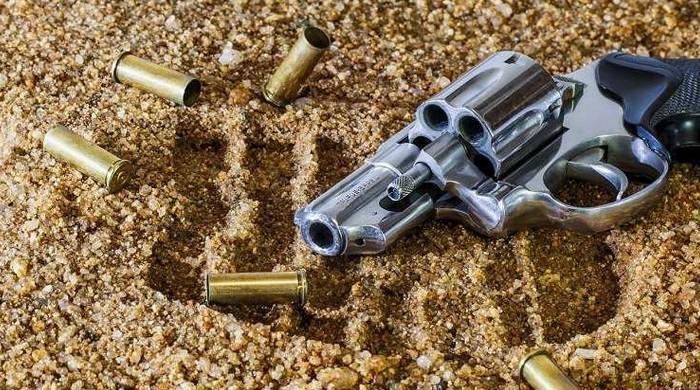 حیدر آباد میں پرانی رنجش پر فائرنگ، دو افراد قتل