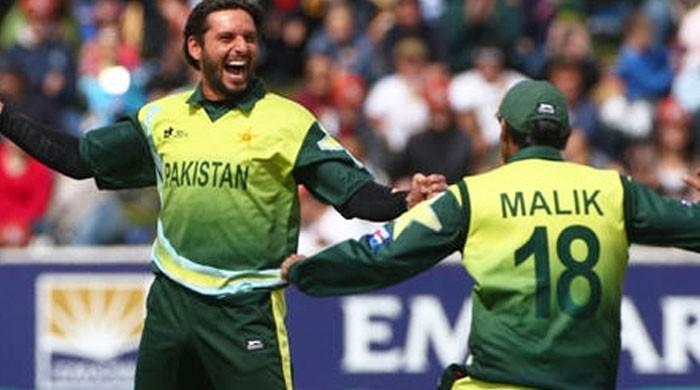 شاہد آفریدی کا ٹیم میں شعیب ملک کی شمولیت کا مطالبہ