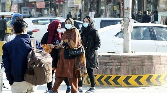 پاکستان میں کورونا مزید 73 زندگیاں نگل گیا