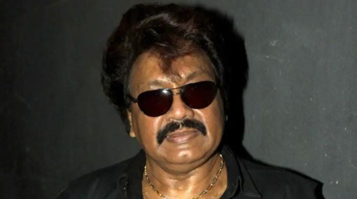بالی وڈ کے سپرہٹ گانوں کے موسیقار کی حالت خراب، وینٹی لیٹر پر ڈال دیا گیا