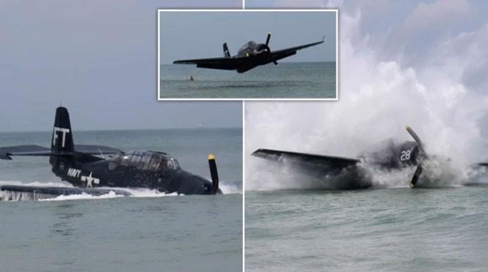 فلوریڈا میں دوران پرواز فنی خرابی پرپائلٹ نے طیارہ ساحل سمندر پر ہی اتارلیا
