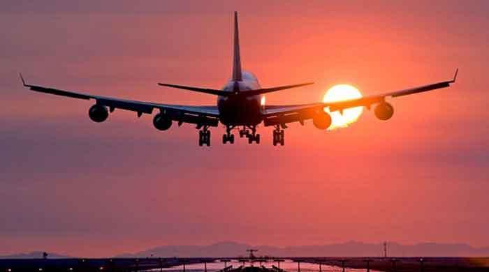 پاکستان نے غیرملکی پروازوں کی تعداد مزید کم  کر دی