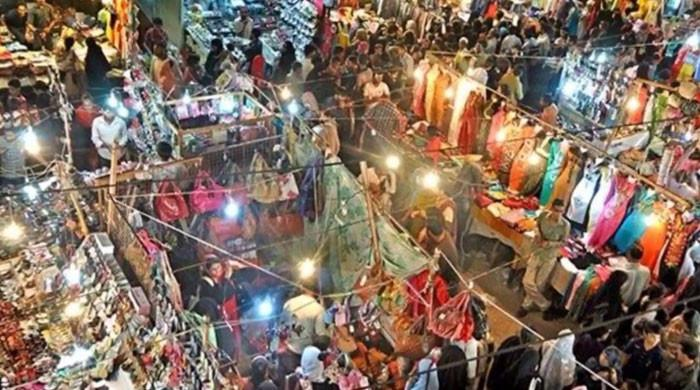 سندھ حکومت نے جمعے کو بھی کاروبار کھلا رکھنے کا اعلان کردیا