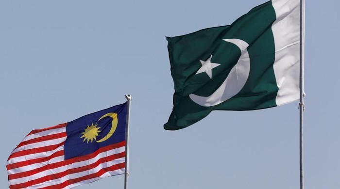 کورونا کی تیسری لہر، ملائیشیا نے پاکستان پر سفری پابندی عائد کر دی