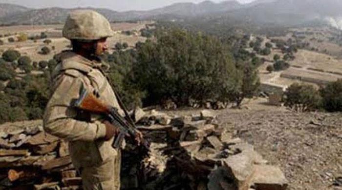باجوڑ: افغانستان سے دہشتگردوں کی ملٹری پوسٹ پر فائرنگ، پاک فوج کا بھرپور جواب