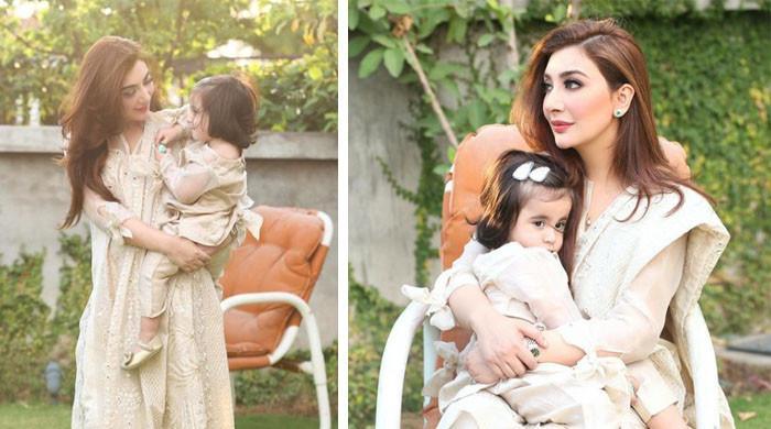 عائشہ خان کی بیٹی کے ساتھ نئی تصاویر مقبول