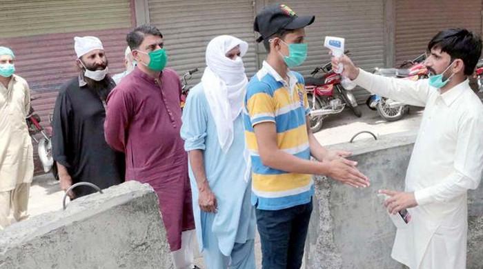 پاکستان، کورونا نے مزید 76 افراد کی جان لے لی، 2379 نئے کیسز بھی رپورٹ