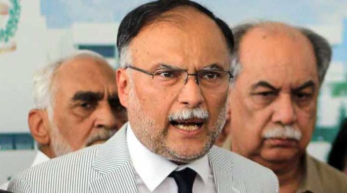 'عمران خان کی حکومت کی جان جس طوطے میں ہے وہ جہانگیر ترین کی جیب میں ہے'