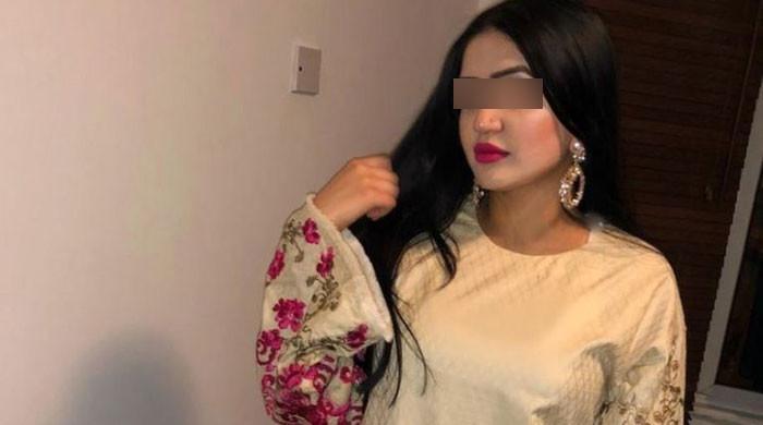 مقتولہ مائرہ کے والد نے اپنی بیٹی کی دوست سجل کی گرفتاری کا مطالبہ کردیا