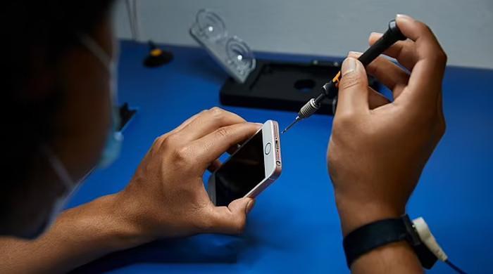 موبائل سے نازیبا تصاویر شیئر ہونے پر ایپل نےطالبہ کو لاکھوں ڈالرز ادا کردیے