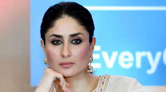 تیمور خان کی ماں 'سیتا' نہیں بن سکتی، کرینہ کیخلاف سوشل میڈیا پر ٹرینڈ بن گیا