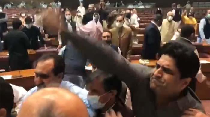 7 ممبران اسمبلی کے پارلیمنٹ ہاؤس کے احاطے میں داخلے پر پابندی عائد