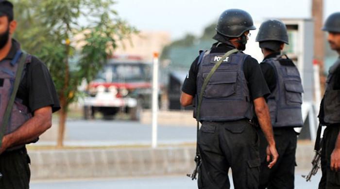 کراچی: شہری کو اغوا کر کے لوٹنے کا معاملہ، پولیس اہلکار ملوث نکلے