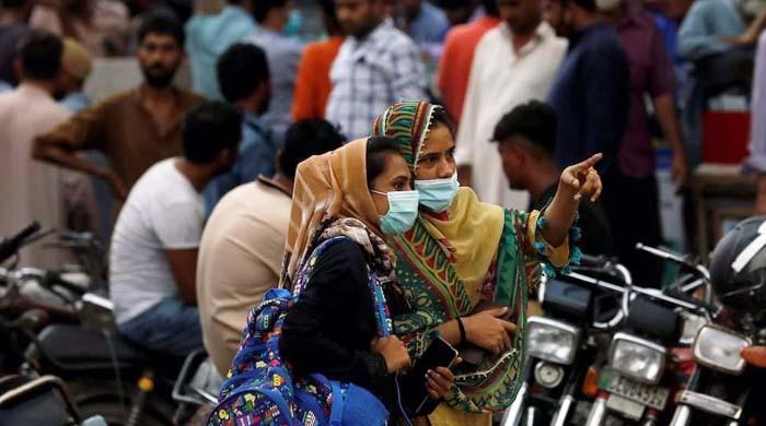 کراچی سمیت سندھ کے مختلف اضلاع میں کورونا کی شرح میں اضافہ