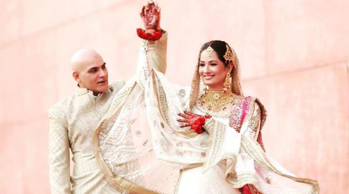 پہلی شادی چینی خاتون سے کی: جیا علی کے شوہر کا انکشاف