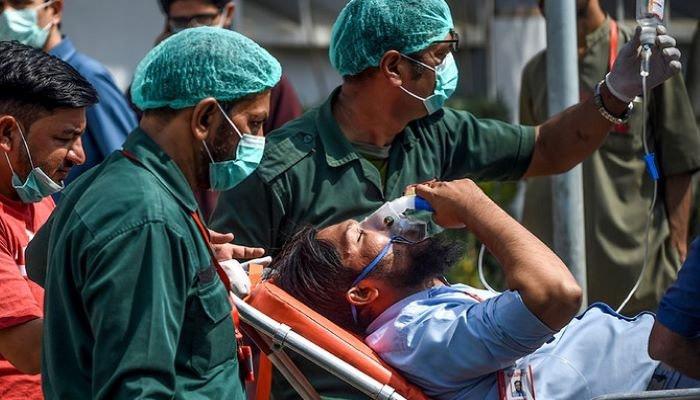 پاکستان میں کورونا وائرس۔ فوٹو: فائل