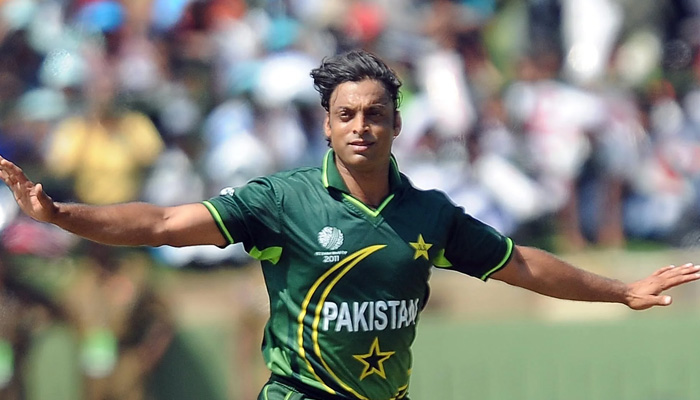دنیا کے تیز ترین اور سابق پاکستانی فاسٹ بولر راولپنڈی ایکسپریس شعیب اختر نے گیارہ کھلاڑیوں پر مشتمل اپنی ایک روزہ ٹاپ الیون ٹیم کی فہرست جاری کی ہے۔ فوٹو: فائل