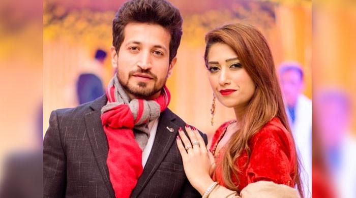 اداکار سلمان فیصل نے طلاق سے متعلق خبروں پر وضاحت کردی