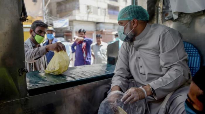 پاکستان میں 2 ماہ بعد کورونا کے 4 ہزار سے زائد کیسز