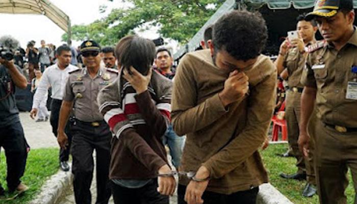 15 جولائی کو ملٹری کورٹ کے فیصلے کے مطابق انڈونیشیا کے جزیرے بورنیو کے علاقے کالیمانتان میں مقیم 29 سالہ فوجی کو برطرف کردیا گیا —فوٹو:فائل