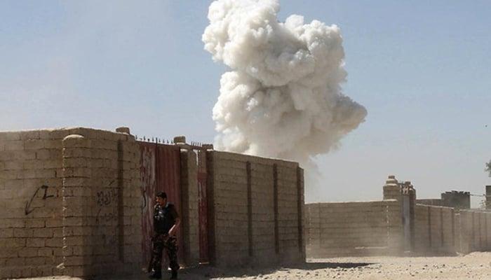 افغان صوبے ہلمند پر بمباری سے طالبان کے 40 جنگجو ہلاک ہوگئے ہیں —فوٹو:فائل