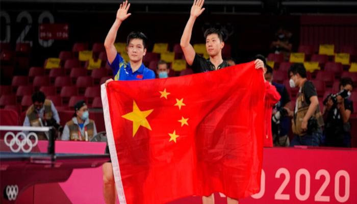 میڈل ٹیبل پر چین کی پوزیشن مستحکم ہوتی جارہی ہے جن کے ایتھلیٹس نے مزید5 گولڈ میڈل جیت کر 29 طلائی تمغوں کے ساتھ پہلی پوزیشن برقرار ر رکھی ہوئی ہے —فوٹو:فائل