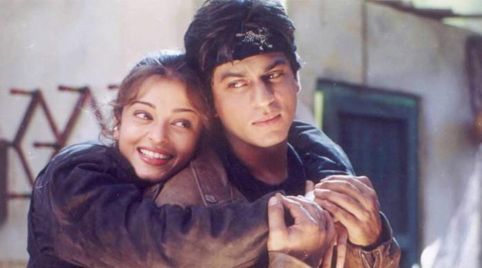 لوگ کہتے تھے میں ایشوریا جیسا دکھتا ہوں: شاہ رخ خان کا انکشاف