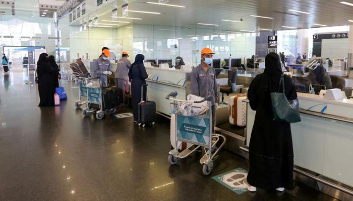 نئے ضوابط کا تعلق ان ممالک سے آنے والے مسافروں کے لیے ہے جہاں سے براہ راست پروازوں کی اجازت ہے،فوٹو: فائل
