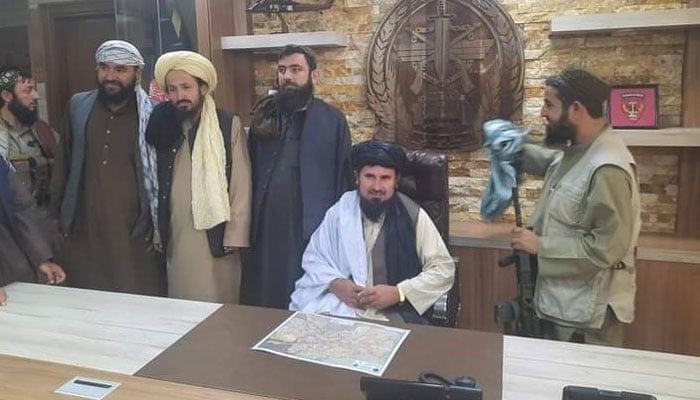 گزشتہ دنوں طالبان کے سینیئر کمانڈر قاری فصیح الدین کو آرمی چیف مقرر کیا گیا تھا— فوٹو: بی این اے