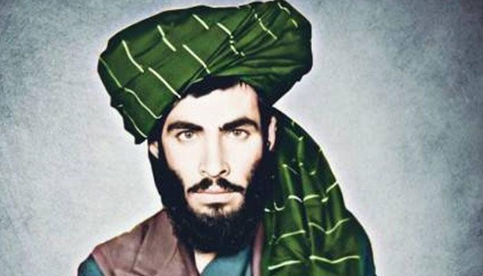 سوشل میڈیا پلیٹ فارم ٹوئٹر پر افغان نشریاتی ادارے نے ملا عمر کی ایک تصویر شیئر کی ہے—فوٹوبشکریہ ٹوئٹر