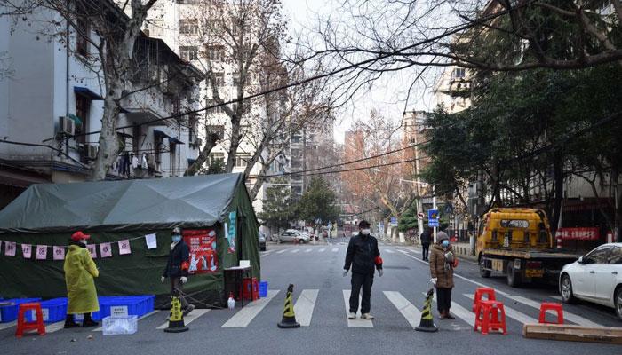 مختلف شہروں میں بڑے پیمانے پرکورونا ٹیسٹ شروع کردیے گئے: فائل فوٹو