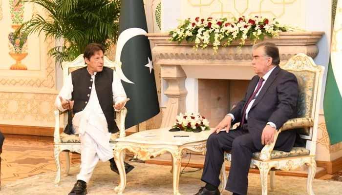وزیراعظم عمران خان نے تاجک صدر کے ہمراہ پریس کانفرنس کی: فوٹو وزیراعظم ہاؤس