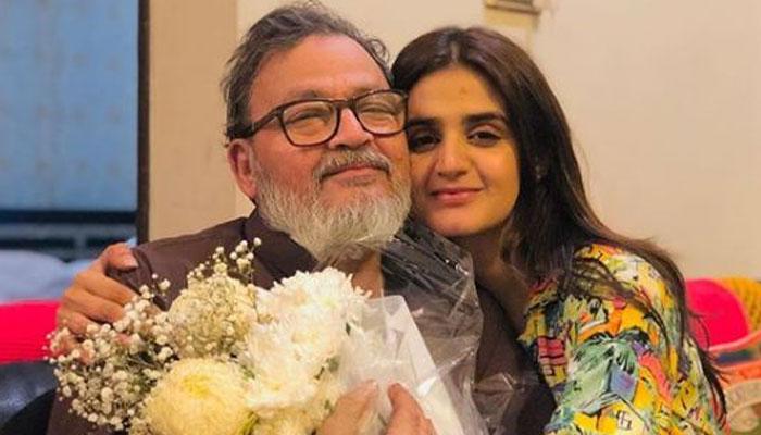 حرا مانی کے شوہر اداکار سلمان شیخ المروف مانی نے فیس بک پر پوسٹ کرتے ہوئے مداحوں کو سسر کے انتقال کی خبر دی— فوٹو:فائل