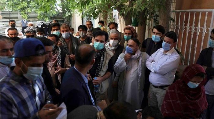 افغانستان پر کنٹرول کے بعد کورونا کی شرح کم ہوگئی، طالبان رہنما کا دعویٰ