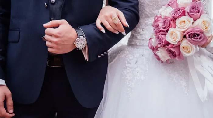 دلہن شادی کے روز  دلہے کو چھوڑ کر کزن کے ساتھ فرار