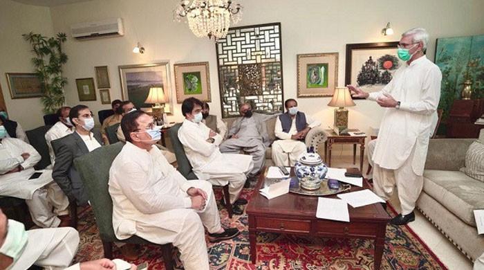 ترین کے حامی اراکین اسمبلی انکا ساتھ چھوڑنے لگے، مزید اراکین کی وزیراعلیٰ سے ملاقات