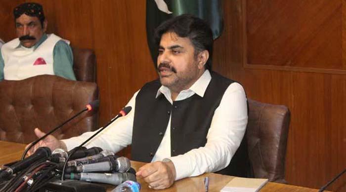 اکتوبر کے آخر تک کراچی والوں کی کچرے سے جان چھڑادیں گے: ناصر شاہ کا دعویٰ