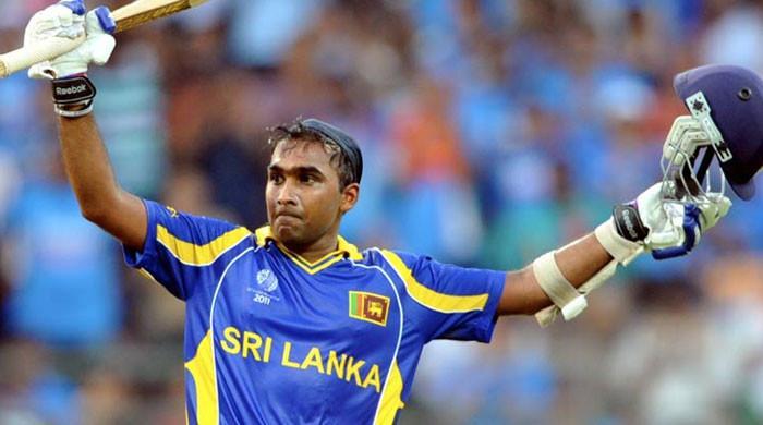 سری لنکن کرکٹ ٹیم نے سابق کپتان مہیلا جے وردھنے کی خدمات حاصل کرلیں