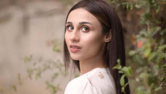 مشال خان نے خاتون کی دھمکی کو خوفناک قرار دیتے ہوئے غم و غصے کا اظہار کیا__فوٹو: انسٹاگرام/مشال خان
