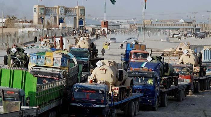 افغانستان میں دو ماہ سے پھنسے پاکستانی ٹریلرز کا معاملہ حل ہوگیا