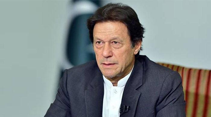 عمران خان پریشان کیوں؟