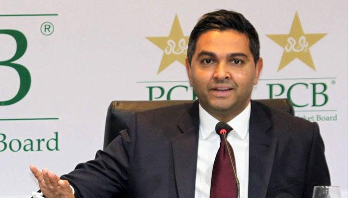 وسیم خان نے گزشتہ دنوں پی سی بی کے سی ای او کے عہدے سے استعفا دیا تھا جبکہ گزشتہ روز انگلش کرکٹ بورڈ کے چیئرمین این واٹمور بھی عہدے سے مستعفی ہوگئے ہیں— فوٹو: فائل