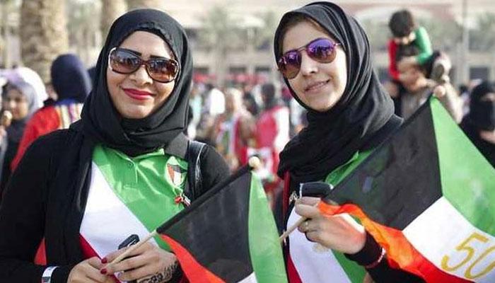 کویت میں خواتین اب دیگر شعبوں کے علاوہ عسکری عہدوں پر بھی کام کرسکیں گی— فوٹو:فائل